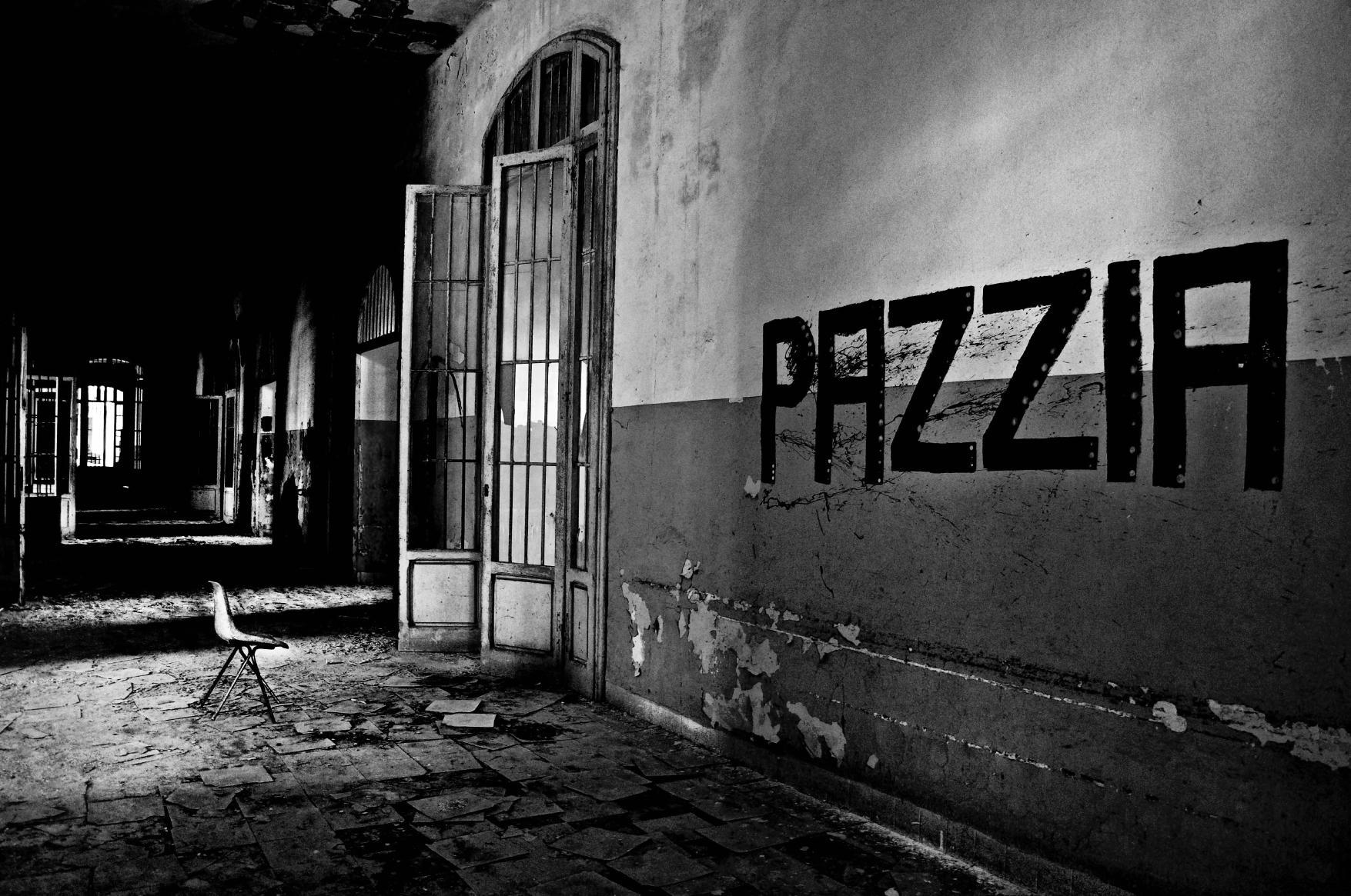 Pazzia - Luca Tesconi