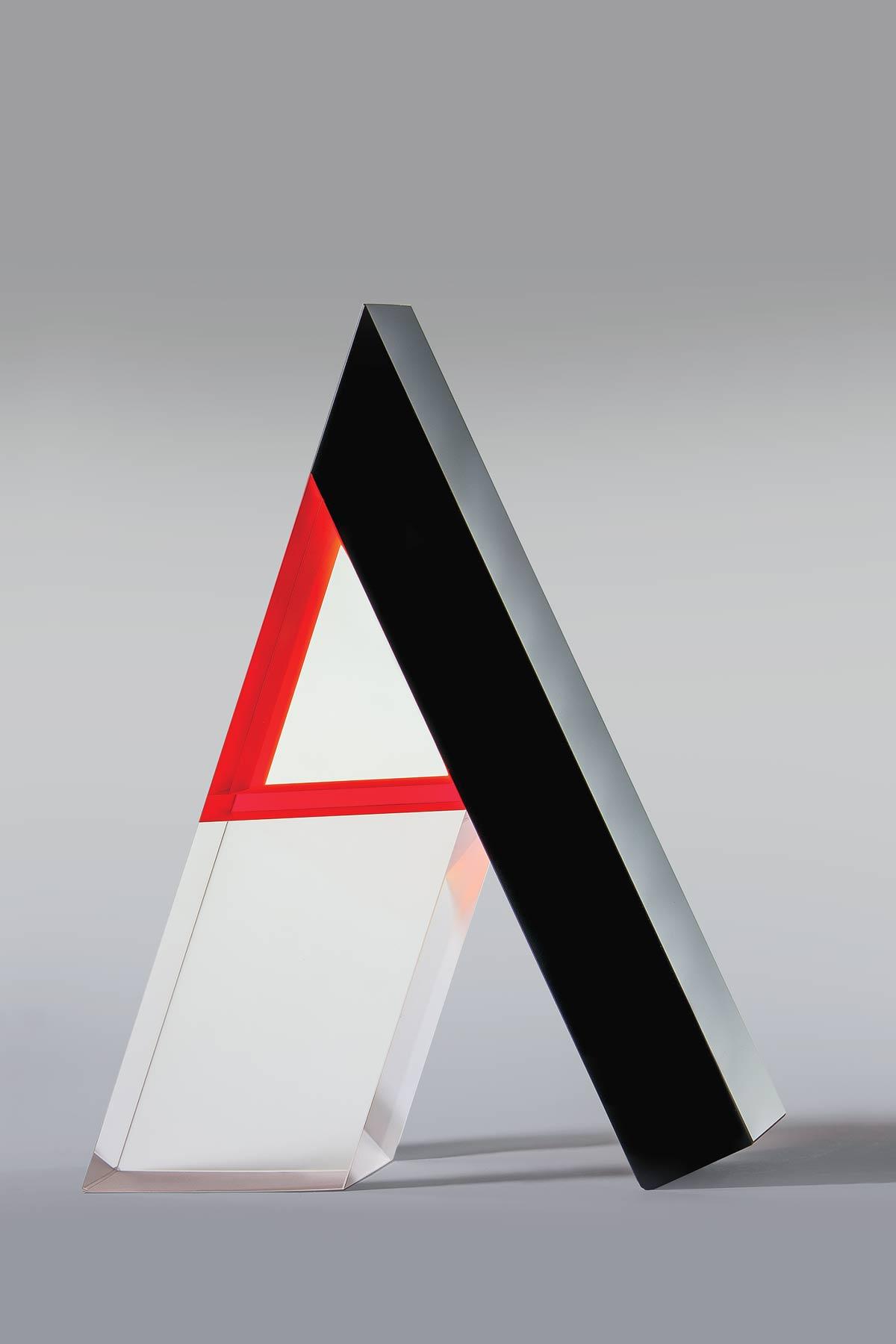Háromszög feketével és vérnaraccsal - Peter Botos